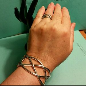 Tiffany & Co. Retired Knot Cuff & Ring Set